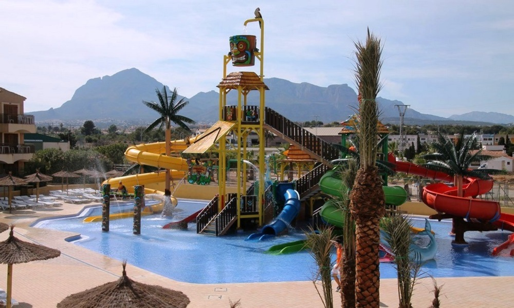 albir garden aqua park attractions