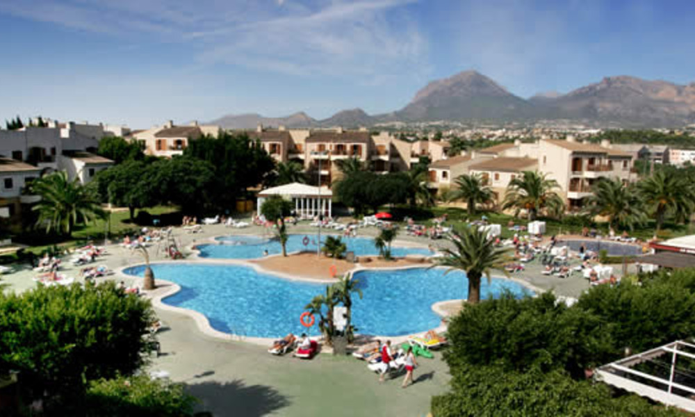 albir garden aqua park swimming pool