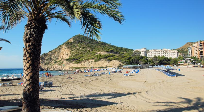 Holidays in Costa Blanca - Sandy Beach