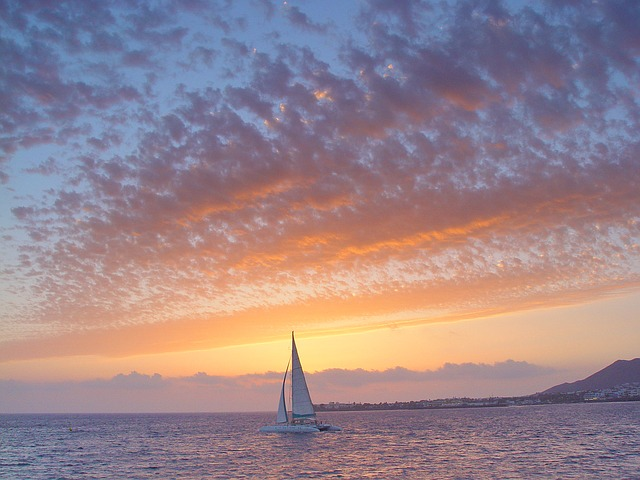 Holidays in Lanzarote - sea and sailing