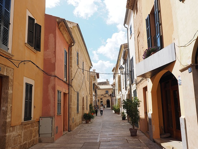 holidays in alcudia old town